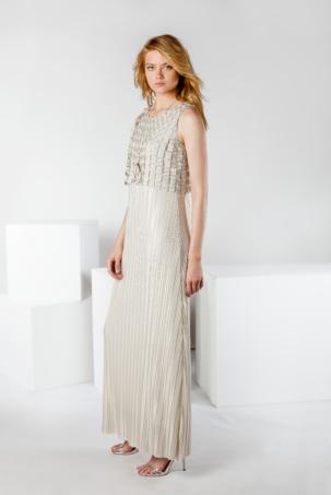 vestido largo plisado de fiesta