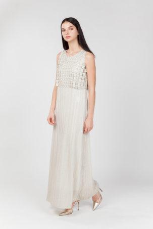 Vestido largo plisado crudo lateral