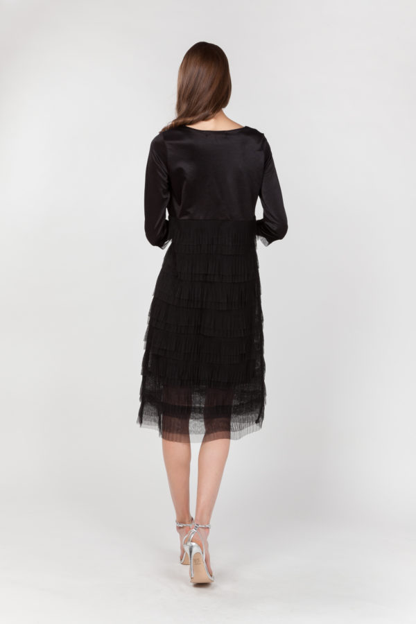 vestido tul plisado negro espalda