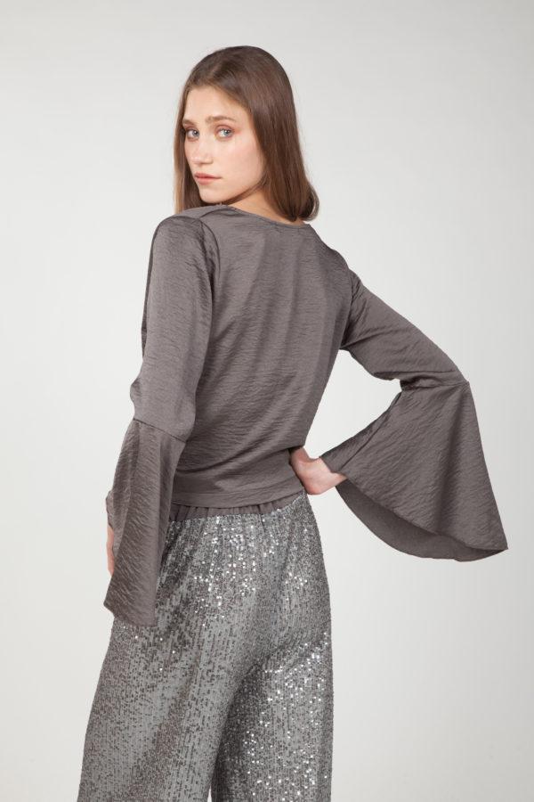 Blusa mangas anchas cruzada lateral 2