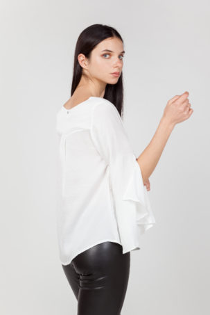blusa mangas anchas blanca lateral