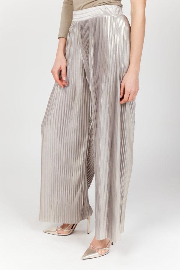 pantalon plisado brillante lateral