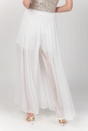 pantalon falda blanca espalda